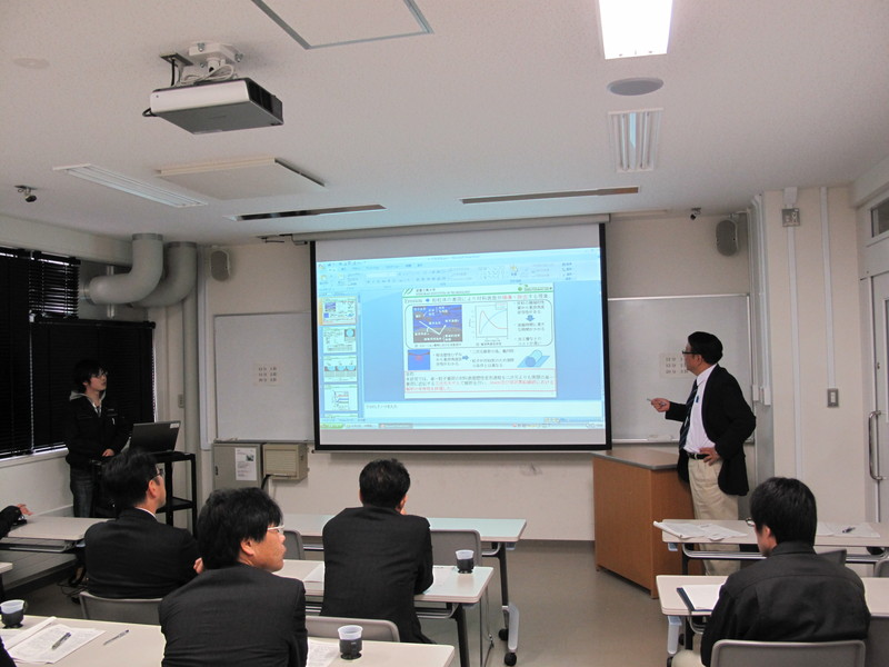 http://shimizu-kazumichi.com/2012/10/30/20121030-01.jpg